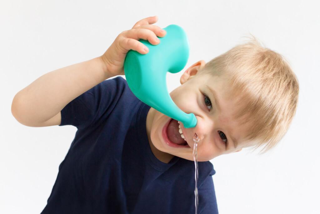 Lavage de nez enfants